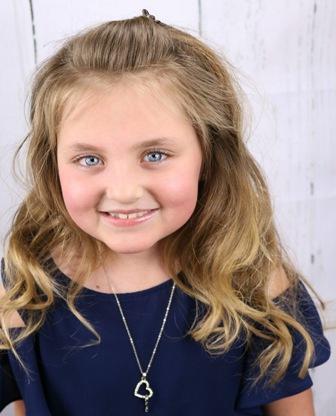 Isabel M. - Age: 8