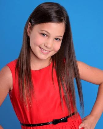 Isabelle L. - Age: 12