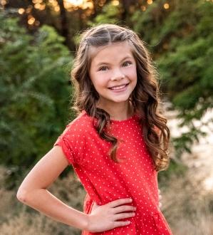 Sophie B. - Age: 8