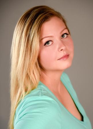 Amanda M. - Age: 26