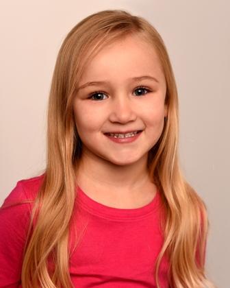 Beatrix B. - Age: 7