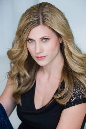 Hannah M. - Age: 33