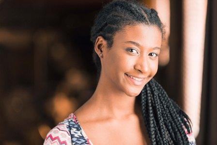 Vanessa S. - Age: 18